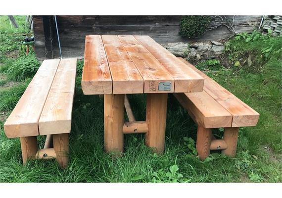 Gartensitzgruppe Jungholz, Sitzbänke ohne Lehne - Länge 250 cm