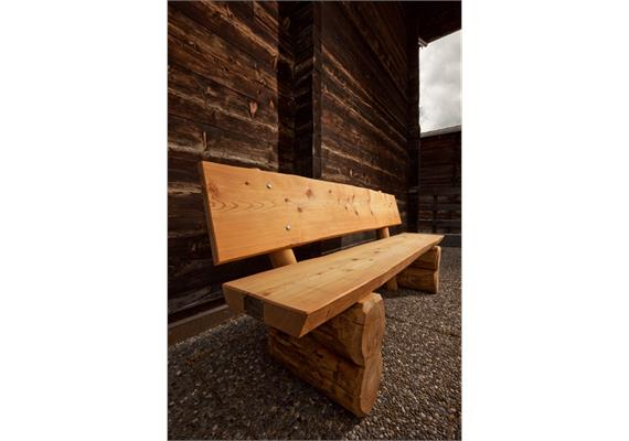 Sitzbank Pische, mit Lehne - Länge 150 cm
