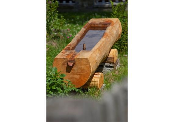 Wasserbrunnen aus Holz, 40 - 50 cm Durchmesser